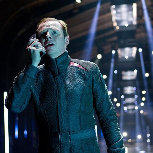 Simon Pegg sobre Roberto Orci dirigiendo Star Trek 3