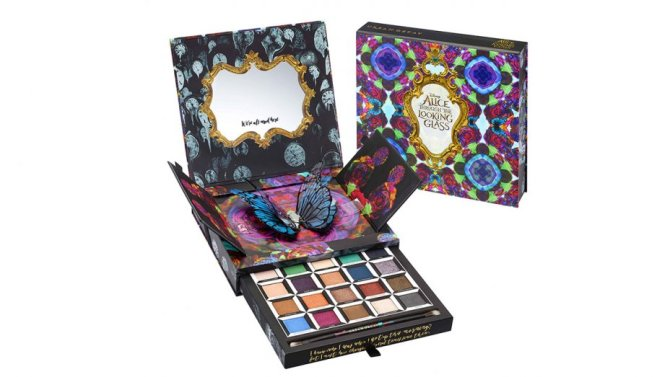 urban_decay_alice_through_the_looking_glass_eyeshadow_palette_-_group_shot-h_20161
