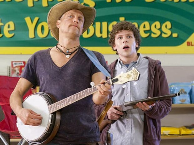 Woody Harrelson a punto de patear traseros zombie
