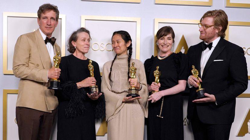 Hulu es el primer streamer en ganar el Óscar a Mejor Película (Nomadland)