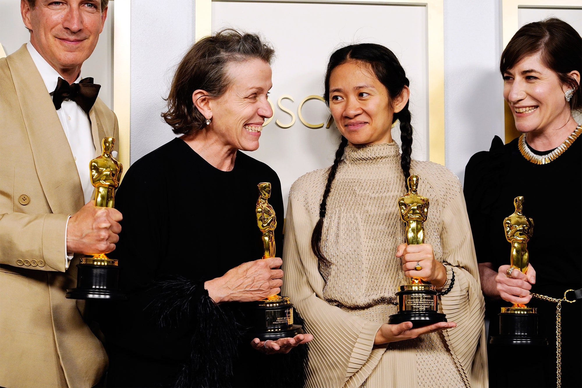 Óscars 2021 rompen récord como la ceremonia MENOS vista de todos los tiempos