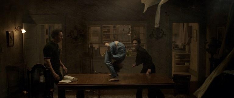 'The Conjuring: The Devil Made Me Do It' libera el terror en tráiler final