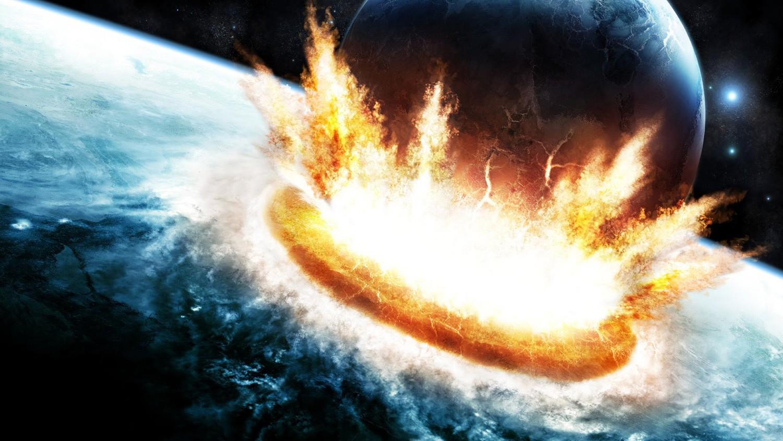 'Moonfall', el cine catástrofe más reciente de Roland Emmerich colisiona la Luna con la Tierra